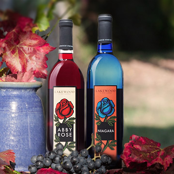 Lakewood Vineyards Fun & Fruity Wines - Seneca Lake Winery